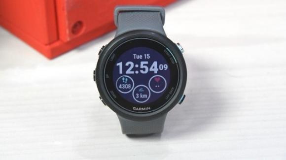 Garmin Swim 2: ufficiale lo sportwatch low cost per gli amanti del nuoto