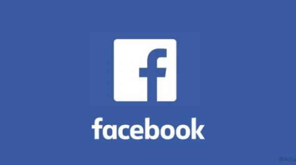Facebook tra tutela degli utenti, polemiche sulle inserzioni politiche e multe