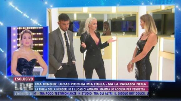 A Live – Non è la D'Urso l'incontro tra Eva Henger, la figlia Mercedesz e Lucas Peracchi: non arriva la pace