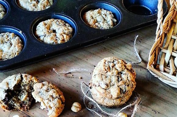 Cookies nocciole e cioccolato fondente