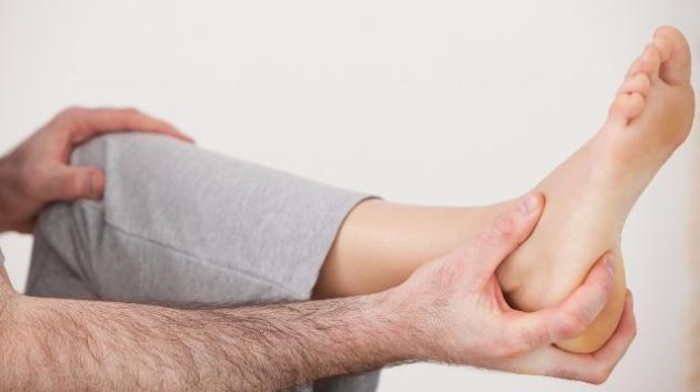 Dolore al tallone: cause, sintomi e cura della tallonite