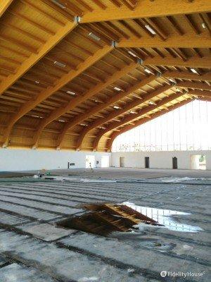 L'interno del nuovo Palazzetto dello sport, Siderno