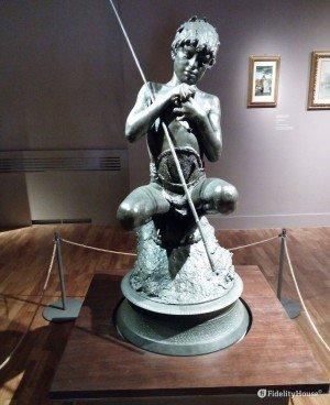 """""""Il Pescatore"""", scultura di Vincenzo Gemito"""